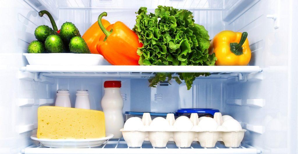 نکات نگهداری مواد غذایی در یخچال | فروشگاه اینترنتی امرسان